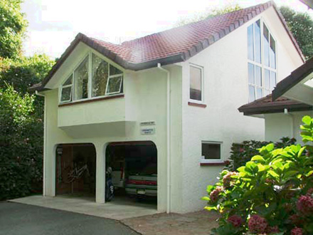 Antoinette's Annexe | Rates from NZ$100
