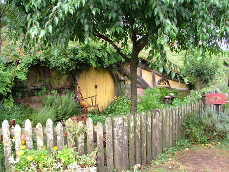 Hobbiton Movie Set & Tours